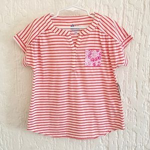 Old Navy T-shirt Size Small Petite Size 6  / 7